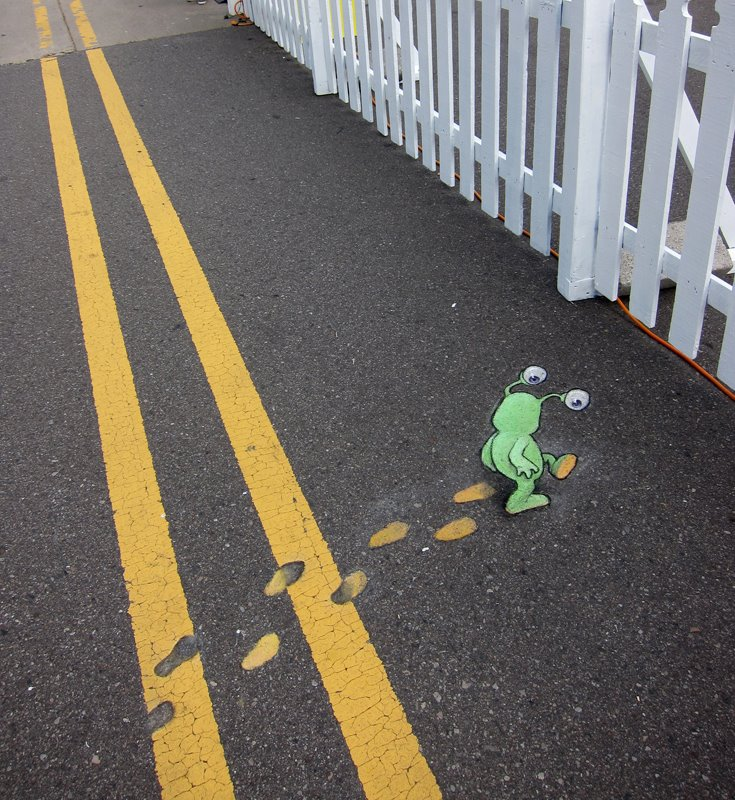 Calk-Art-by-David-Zinn-1