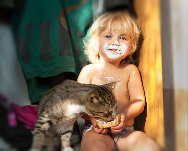 adorable-kids-with-their-cats-20-photos-10