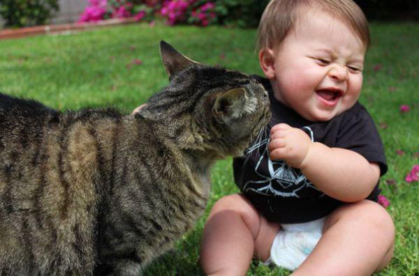 adorable-kids-with-their-cats-20-photos-16