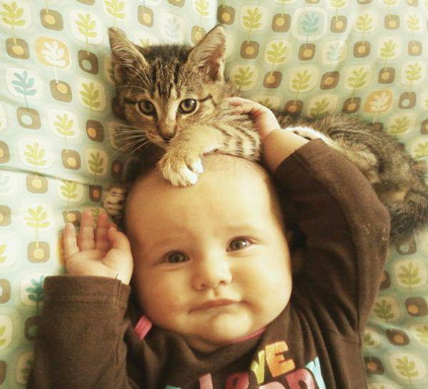 adorable-kids-with-their-cats-20-photos-18