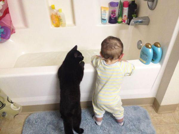 adorable-kids-with-their-cats-20-photos-20