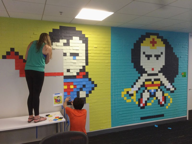 employee-uses-post-its-to-turn-drab-office-walls-into-giant-superhero-murals-8
