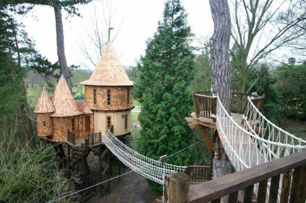 incredible-tree-houses-treehouses-18
