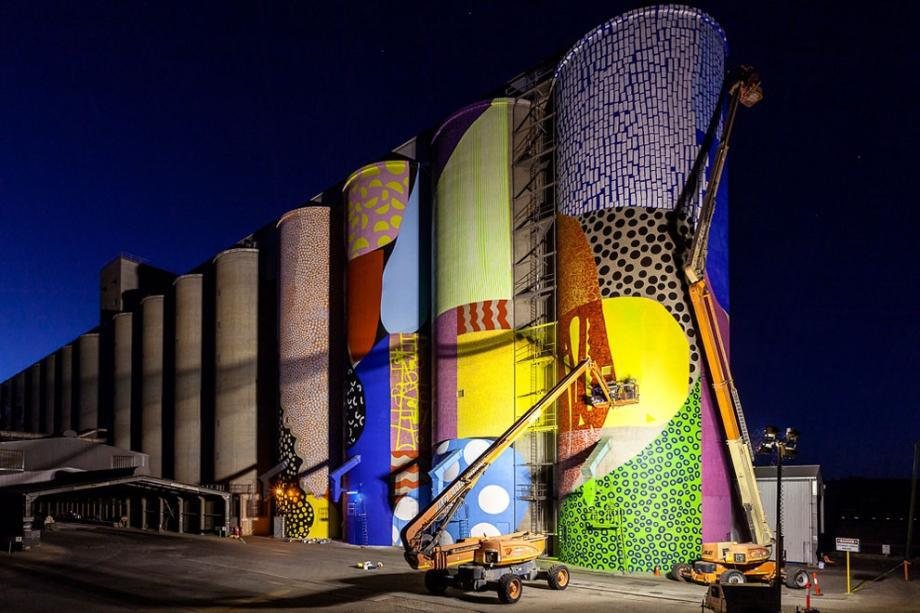 western-australia-grain-silos-get-a-face-lift-8-hq-photos-5