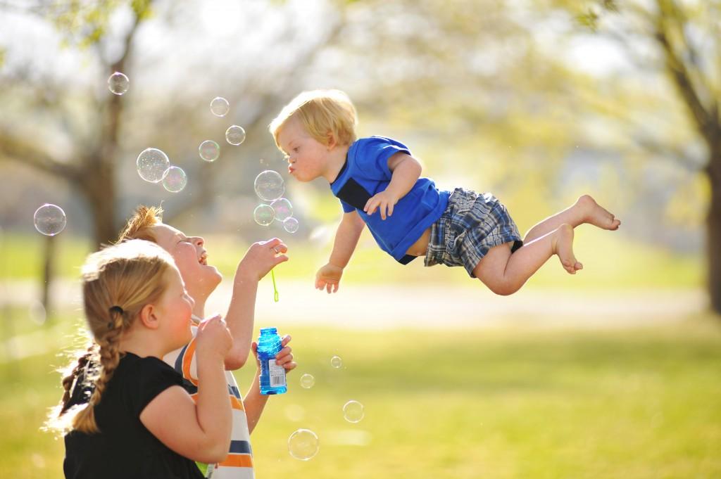 wil-flies-bubbles-1024x681