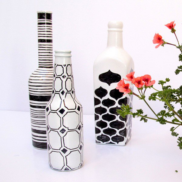 23-Draw-Simple-Patterns-On-Painted-Bottles-600x600