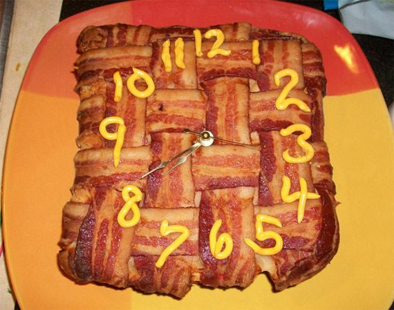 bacon-clock