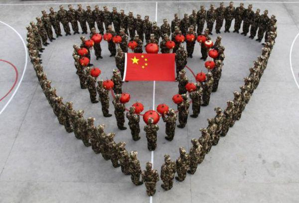 china-knows-a-thing-or-two-about-crowd-control-33-photos-20