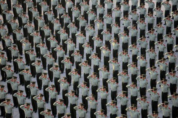 china-knows-a-thing-or-two-about-crowd-control-33-photos-21