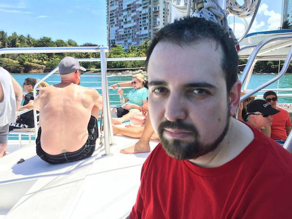 family-man-finally-gets-to-have-fun-in-puerto-rico-28-photos-1