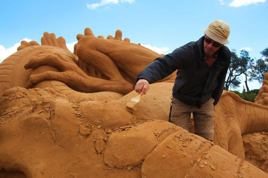 sand-sculpting-australia-new-10