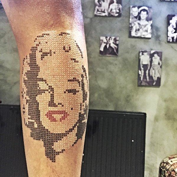 1436099359_cross-stitching-tattoos-eva-krbdk-daft-art-turkey-6