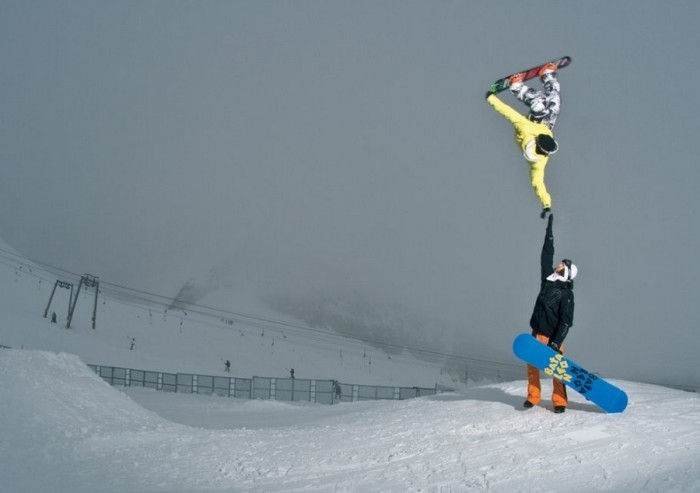 snowboarder_Tyler_Chorlton_pulls_off_the_highest_of_fives-700x493