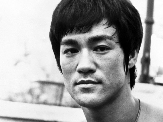 Bruce-Lee-dumblittleman.com_