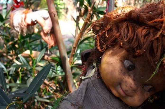 Моторошний острів ляльок чекає сміливих туристів