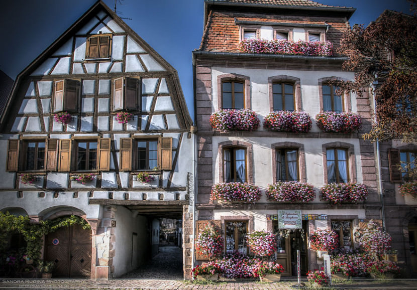 i-visited-the-little-villages-of-alsace-that-look-straight-from-a-fairy-tale-2__880-830x578