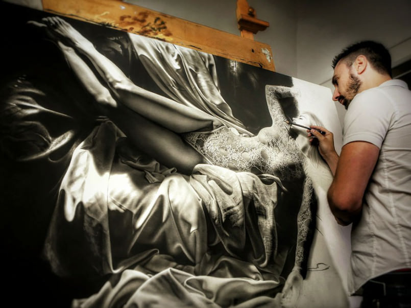 artist-spends-hundreds-of-hours-to-make-paintings-look-like-photographs5-2-805x603