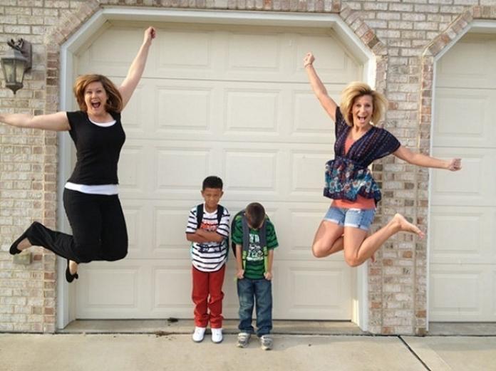 15 невимовно щасливих батьків, які нарешті відправляють дітей у школу