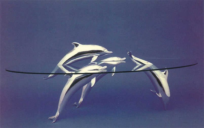 these-tables-look-like-they-have-animals-swimming-in-the-water6-1-805x506
