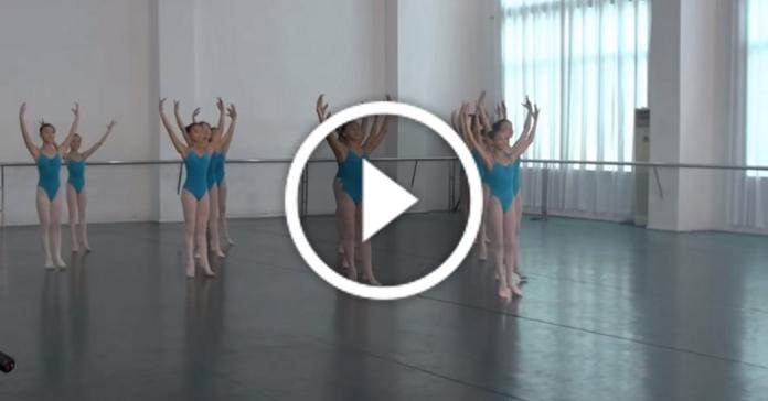 Фантастичний балет з елементами гімнастики. Просто нема слів!