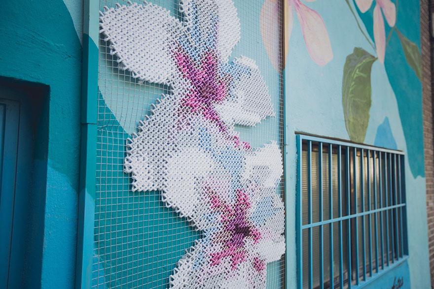 floral-cross-stitch-street-installations-raquel-rodrigo-9