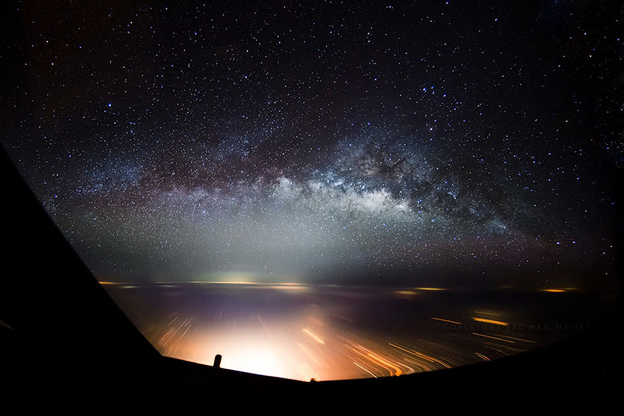 storm-sky-photography-airline-pilot-christiaan-van-heijst-14-57eb680b0f704__880