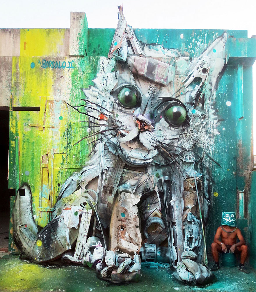 trash-animal-sculpture-artur-bordalo-41-57ea1c08dd18d__880