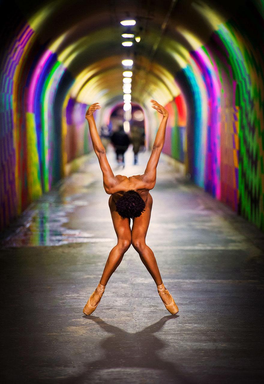 naked-ballet-dancers-after-dark-jordan-matter-new-york-6-5808a422e1cd5__880