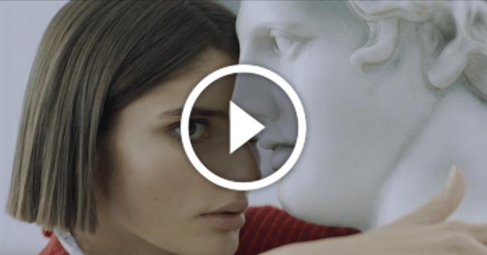 Дівчата роблять, що хочуть: провокаційна реклама для київського бренду одягу