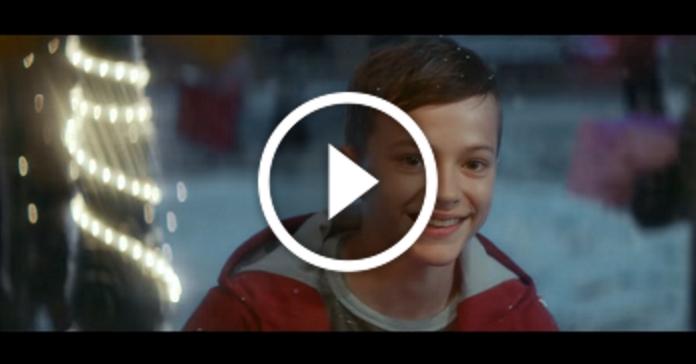 Coca-Cola зняла нову новорічну рекламу