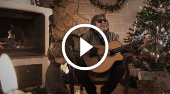 Милий і позитивний кліп-привітання з Різдвом від Хосе Фелісіано і Фавійо