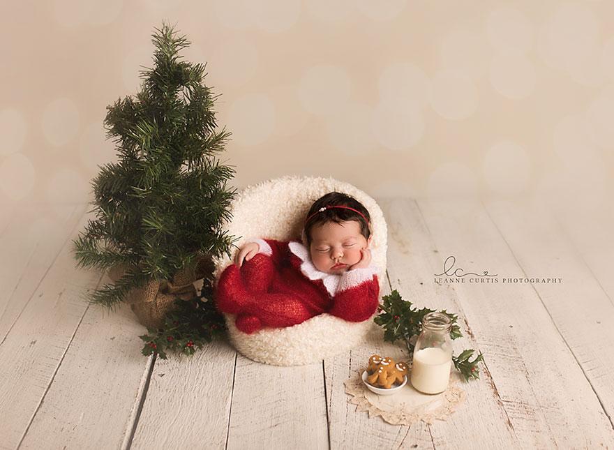 newborn-babies-christmas-photoshoot-knit-crochet-outfits-11-584ac7b13c2f5__880