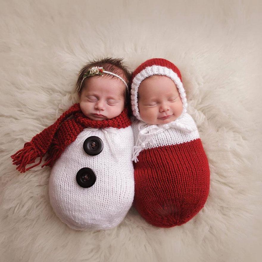 newborn-babies-christmas-photoshoot-knit-crochet-outfits-16-584ac7baa2011__880