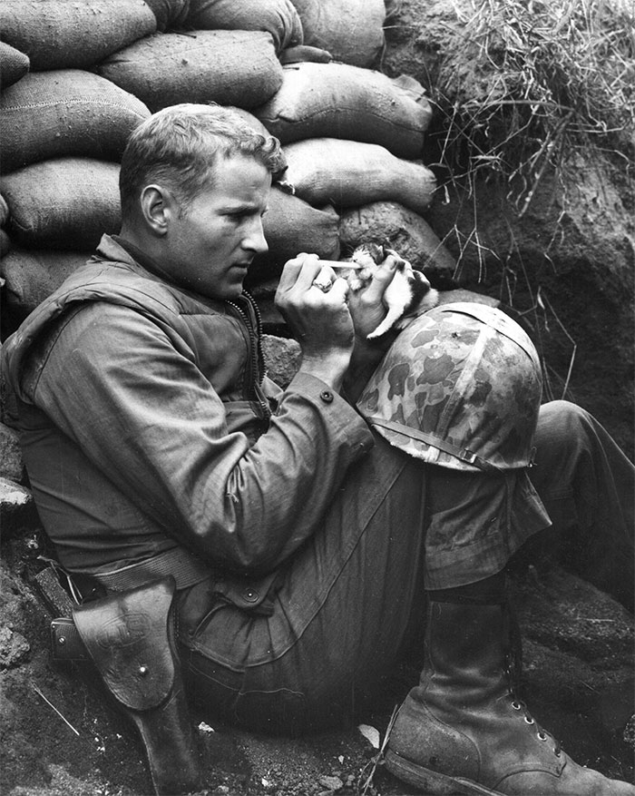 heartwarming-historic-photos-22-587354312561d__700