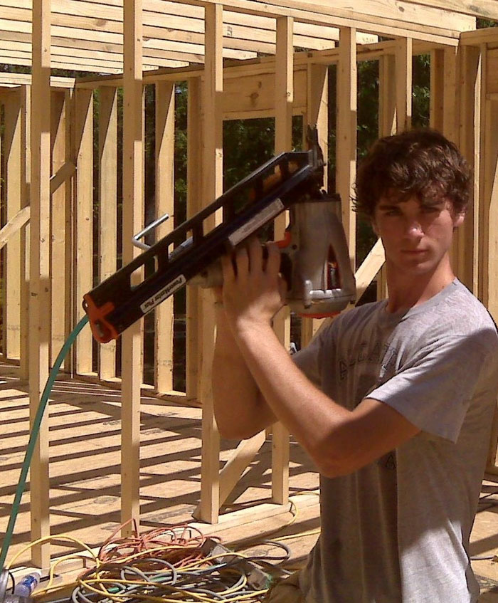 mother-builds-house-youtube-tutorials-cara-brookins-37