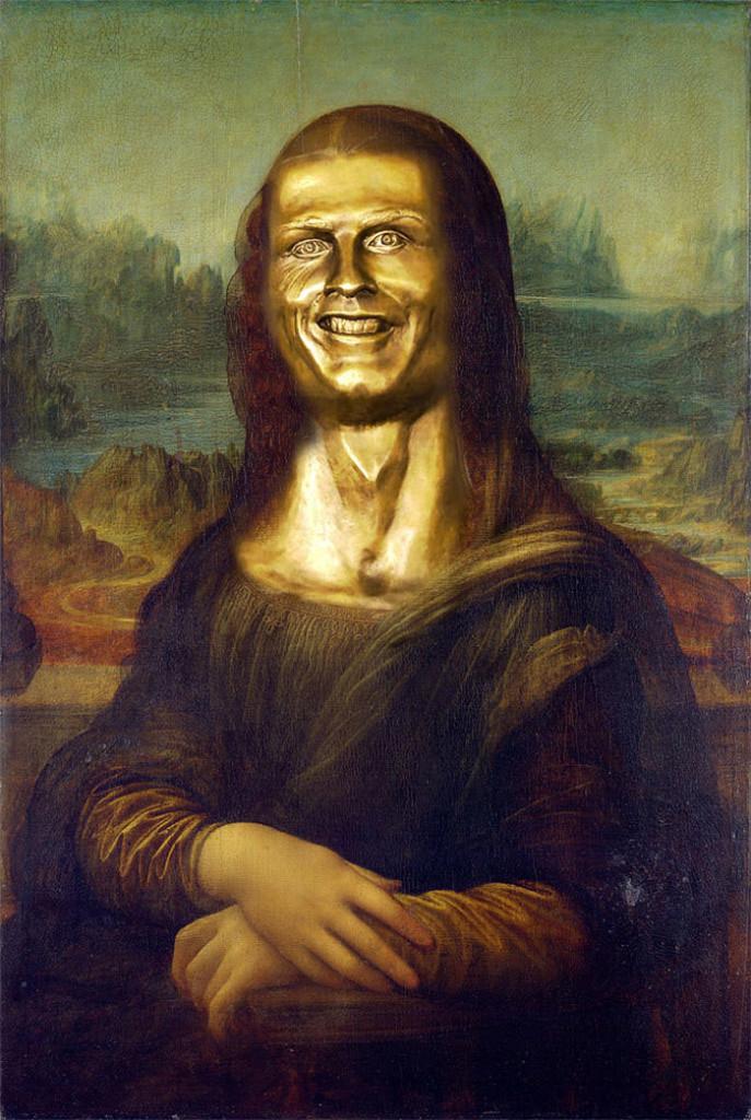 funny-cistiano-ronaldo-statue-fail-2-58dcae4c26a80__700