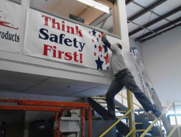 workplace-safety-fails-men-accident-waiting-to-happen-28-58d0f64293430__605