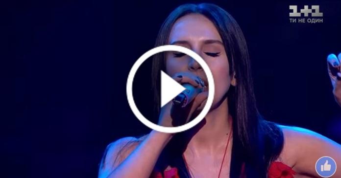 """""""Любити"""". Джамала презентувала нову пісню, присвячену коханому"""