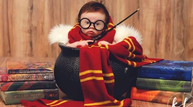 """3-місячному малюку влаштували фотосесію у стилі """"Гаррі Поттер"""""""