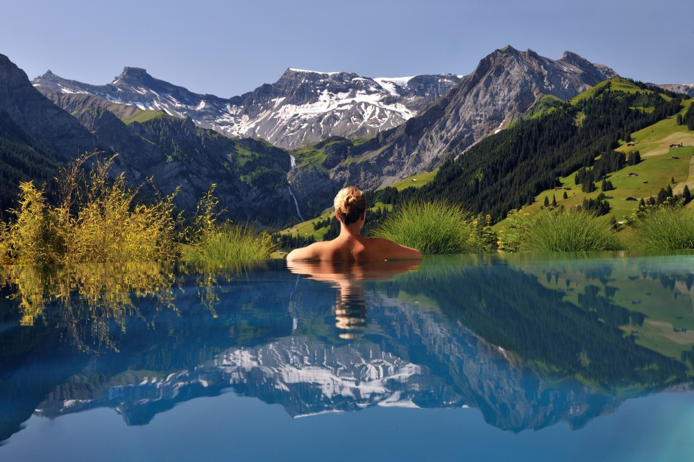 290105-The-Cambrian-Adelboden-outdoor-pool-summer2000x1333-1000-f1afe856a5-1480946984