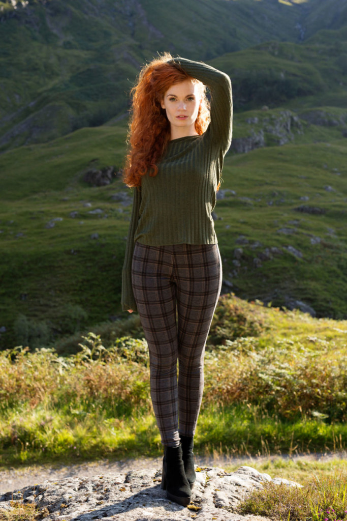 These-Beautiful-Portraits-Show-that-Redheads-arent-only-from-Ireland-Scotland-58cae65390e43__880