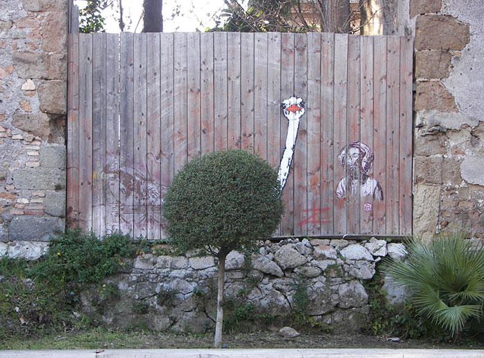 nature-street-art-13-58edd56bb9510__700