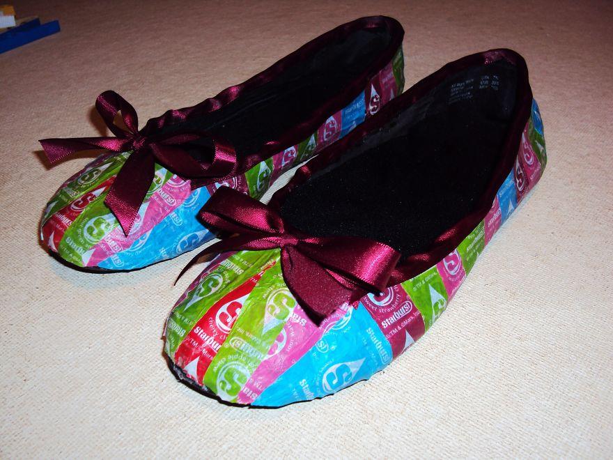 shoes-005-59166a267b99f__880