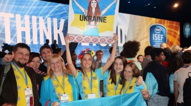 Десятикласниця з Херсонщини зайняла четверте місце на міжнародному конкурсі серед молодих вчених